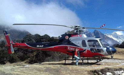 Helicopter from Phakding